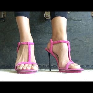 Love this shoes but to high for me now.